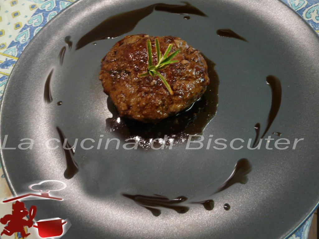 Hamburger al profumo di mirto __