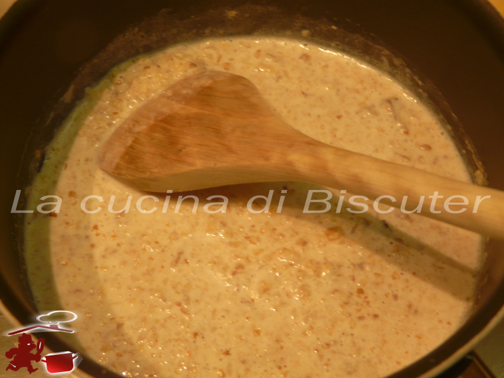 Tortellini  gorgonzola e noci 3